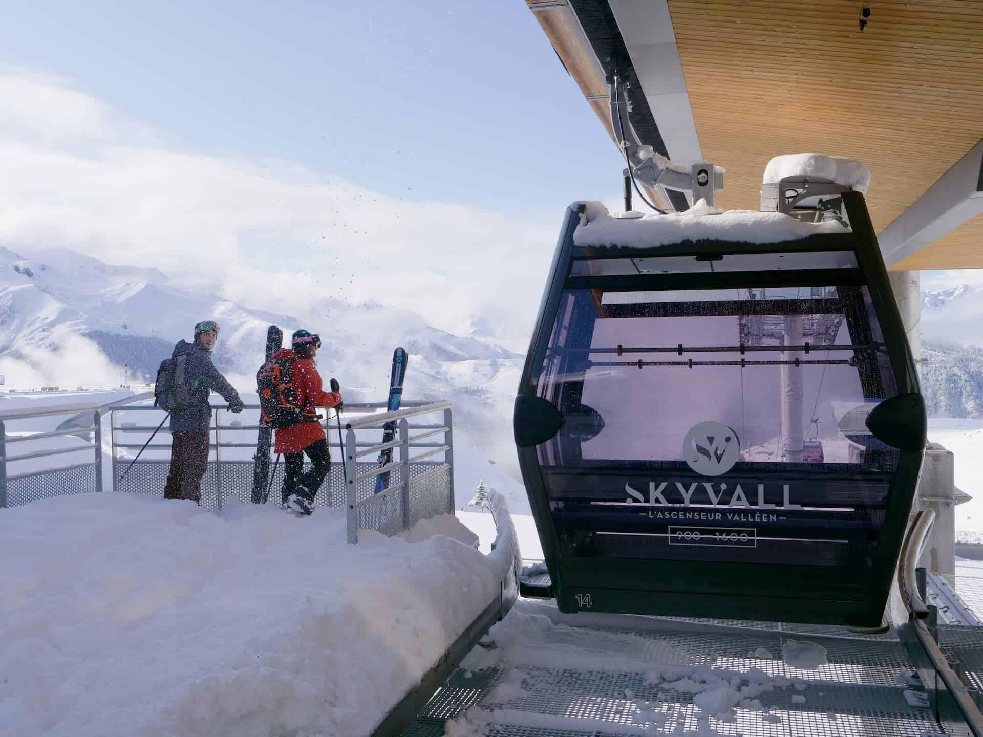 La télécabine Skyvall pour rejoindre la vallée